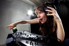 Kvinnlig partidiscjockey Arkivfoto