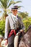 Kvinnlig Rider Smilng Royaltyfri Fotografi