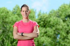 Kvinnlig säker idrottsman nenframgång Arkivfoto