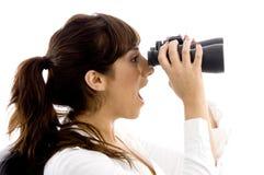 kvinnlig stöt visning för sidosikt Royaltyfria Bilder