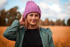 Kvinnlig student för stående royaltyfria bilder
