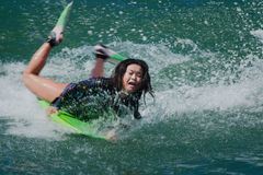 Kvinnlig surfare Arkivfoton