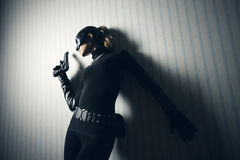 Kvinnlig tjuv fotografering för bildbyråer