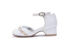 Kvinnlig vit skor Lurar skodon som isoleras på vit bakgrund Fotografering för Bildbyråer