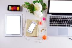 Kvinnlig workspace, bästa sikt arkivfoto