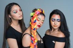 Kvinnliga modemodeller Fotografering för Bildbyråer