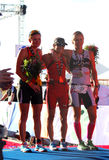 Kvinnliga Ironman Sydafrika 2013 vinnarear arkivbilder