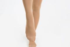 Kvinnligben i sockor Fotografering för Bildbyråer