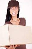 kvinnligpaketbrevbärare Royaltyfri Bild