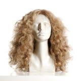 Kvinnligt huvud för skyltdocka med peruken Royaltyfria Foton