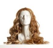 Kvinnligt huvud för skyltdocka med peruken Arkivfoto