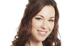 Kvinnligt le för brunettbrudstående Arkivfoton