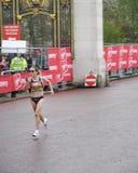 kvinnor för elitlondon maraton Fotografering för Bildbyråer