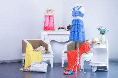 kvinnor för klädmode s Arkivfoto