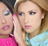 kvinnor för stil för makeup för fahion för 80-talbarbiedocka Royaltyfri Bild