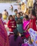 Kvinnor i Varanasi Arkivfoton