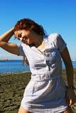 Kvinnor på stranden Royaltyfria Foton