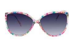 Kvinnors färgrika solglasögon på vit bakgrund Arkivbilder
