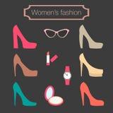 Kvinnors modesamling av hög-heeled skor Arkivbild