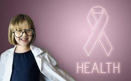 Kvinnors vård- begrepp för medvetenhetband Arkivfoton