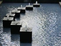 Kwadratowa fontanna Zdjęcia Royalty Free