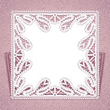 Kwadratowy koronkowy doily z laseru rżniętym ornamentem Fotografia Royalty Free