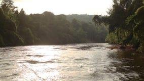 Kwai河英尺长度射击了,当漂流时 北碧,泰国 影视素材