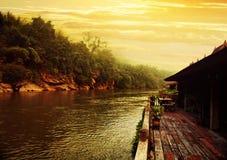 Kwai flod på morgonen Arkivfoto