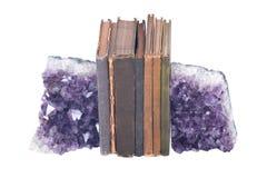 Kwarcowe purpurowe gemstone rocznika i ametysta książki Zdjęcie Royalty Free