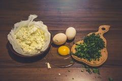 Kwark en eieren, dille en peterselie Stock Afbeelding