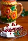 Kwark lingonberry pastei met vanille creame Stock Foto's