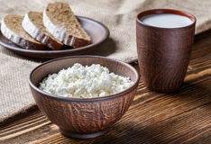 Kwark, melk, brood, ontbijt Royalty-vrije Stock Foto