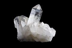 Kwarts Crystal Cluster Horizontal op Zwarte Achtergrond Royalty-vrije Stock Afbeeldingen