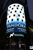 Kwatery główne NASDAQ giełda papierów wartościowych drugi co do wielkości handlu rynek w świacie w times square Zdjęcia Stock