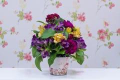 Kwiaciarnia Projektował bukiet Obrazy Royalty Free
