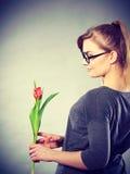 kwiat elegancka kobieta Obrazy Royalty Free