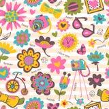 Kwiatu bezszwowy wzór z modnymi rzeczami. Obrazy Stock
