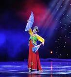Kwiatu fan---Koreański taniec Zdjęcia Royalty Free