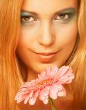 kwiatu gerber kobieta zdjęcia royalty free