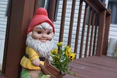 Kwiatu gnom Zdjęcia Stock