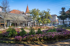 Kwiatu kwadrat & x28; Praça das Flores& x29; - nowa Petropolis, rio grande robi Sul, Brazylia Obrazy Stock