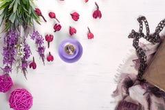 Kwiatu pachnidła chusty torebka obraz royalty free