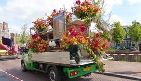 Kwiatu pojazd Zdjęcia Stock