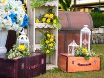 Kwiatu przygotowania dekoracja dla Poślubiać Obrazy Stock