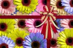 Kwiatu tło z łękiem i faborek dla Newyear Obraz Royalty Free