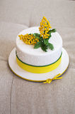 Kwiatu tort Zdjęcie Stock