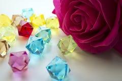 Kwiaty na nadokiennej fotografii Obraz Royalty Free