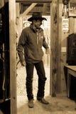 KWIECIEŃ 22, 2017, RIDGWAY KOLORADO: Kowbojów comberów koń na Centennial rancho, Ridgway, Kolorado - bydło rancho posiadać Vince  Zdjęcie Royalty Free