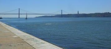 Kwiecień Most 25th, Lisbon Obrazy Stock