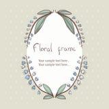Kwiecista bellflower wianku rama dla teksta Zdjęcie Royalty Free